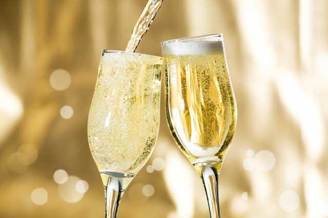 употребление шампанского, как правильно пить шампанское