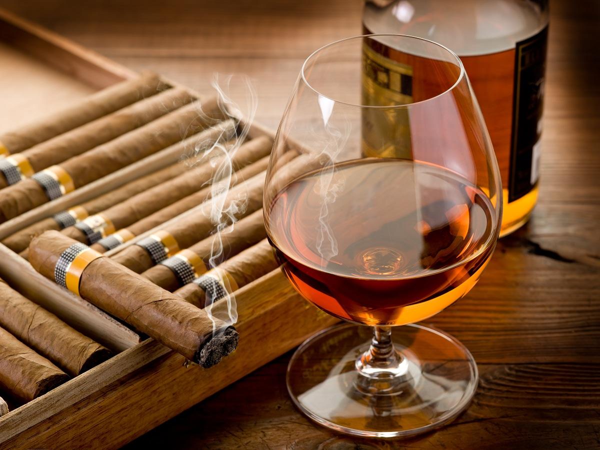 Как правильно зажечь сигару?